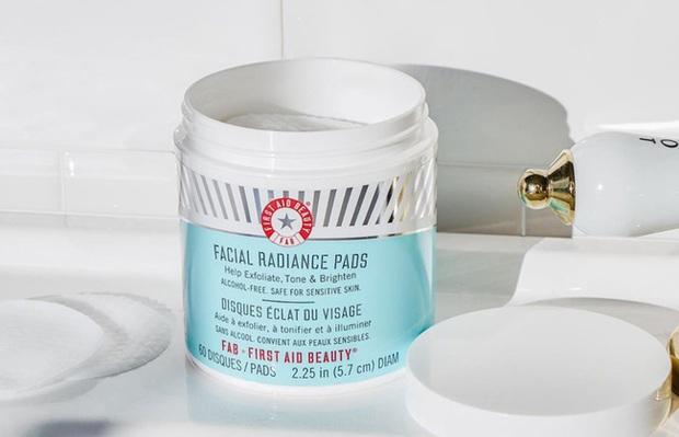 5 loại pad giúp bạn tẩy tế bào chết nhàn tênh, da dẻ lên hương siêu tốc với vẻ sáng căng mượt mà - Ảnh 6.