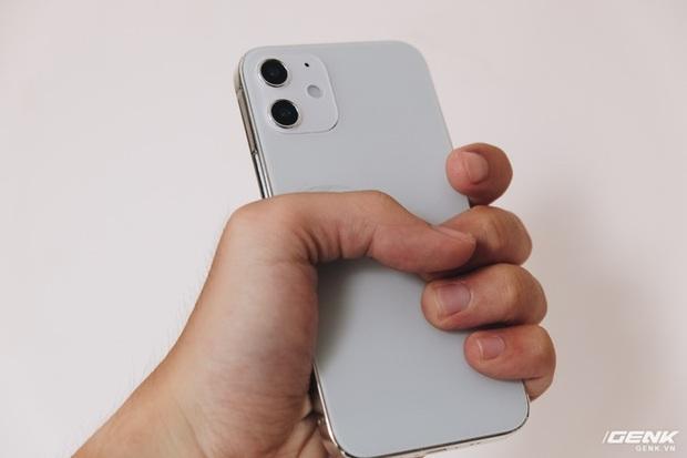 So sánh iPhone 12 5,4 inch với iPhone 4, iPhone 5 và iPhone 6: Chiếc iPhone nhỏ gọn đáng để chờ đợi - Ảnh 5.
