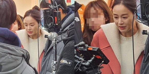 Một mình Kim Tae Hee đứng giữa 3 tin chấn động Kbiz trên top Naver, tất cả chỉ nhờ... 4 bức ảnh đẹp xuất thần - Ảnh 7.