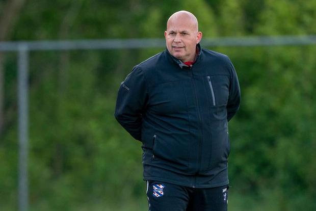 HLV của SC Heerenveen vẫn tiếc khi nói về Văn Hậu: Cậu ấy thực sự ham học hỏi và đang cảm thấy ổn ở Hà Lan - Ảnh 2.
