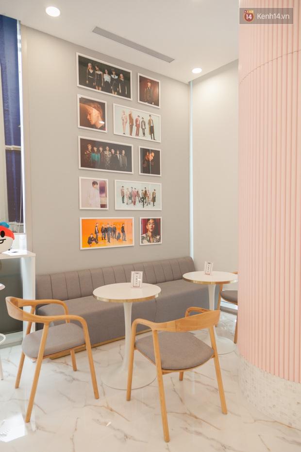 CỰC HOT: SMTOWN Cafe chính thức về Việt Nam, không gian sống ảo không chỗ chê, idol goods nhiều lựa mỏi cả tay - Ảnh 12.