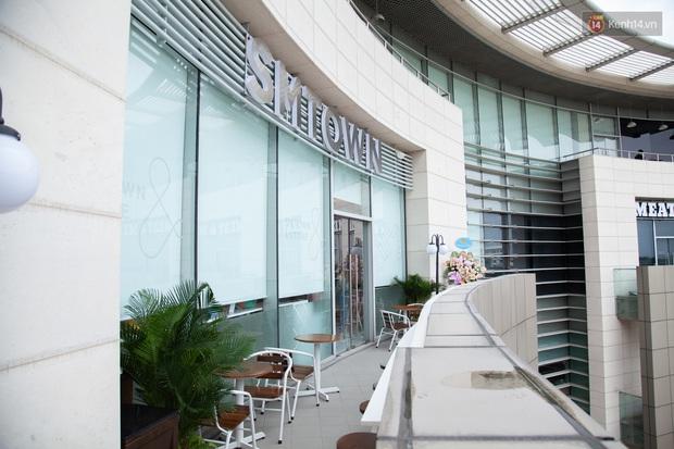 CỰC HOT: SMTOWN Cafe chính thức về Việt Nam, không gian sống ảo không chỗ chê, idol goods nhiều lựa mỏi cả tay - Ảnh 9.
