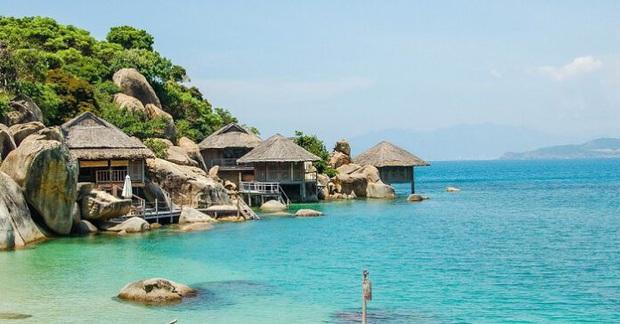 Một vùng biển Việt Nam đang được Bảo Thy, Hà Hồ, Tóc Tiên và loạt người nổi tiếng check-in: Đích thị là điểm đến hot nhất 2020 rồi! - Ảnh 5.