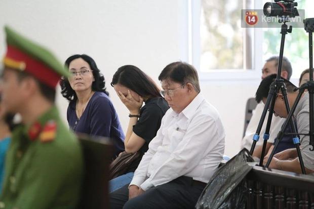 Tuyên án vụ thi thể đổ bê tông ở Bình Dương: Tử hình nữ chủ mưu, 3 bị cáo khác nhận tổng cộng 54 năm tù - Ảnh 7.