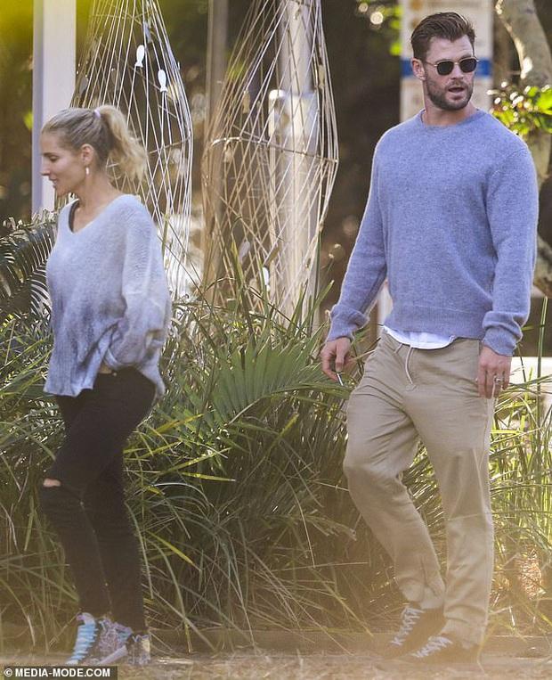 Mới 6 tháng sau khi ly hôn Miley Cyrus, Liam Hemsworth giờ đã đưa bạn gái mới kém 8 tuổi ra mắt gia đình - Ảnh 5.