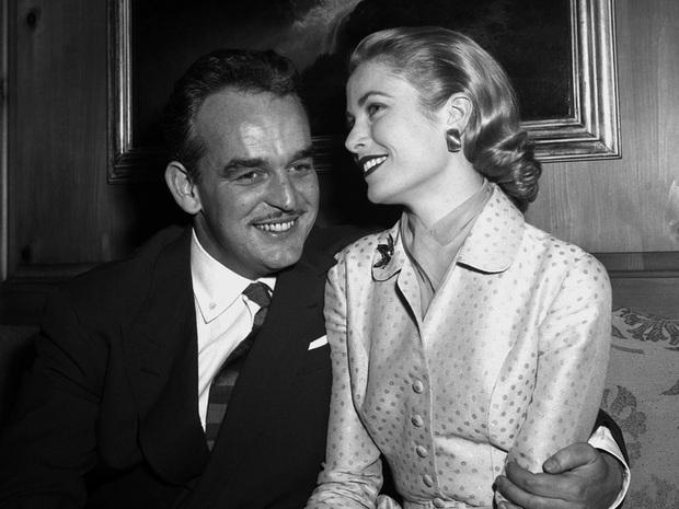Cuộc đời đầy thăng trầm của Đệ nhất phu nhân xinh đẹp Monaco: Từ bỏ Hollywood để trở thành công nương hoàng gia, qua đời trong một vụ tai nạn bí ẩn - Ảnh 4.