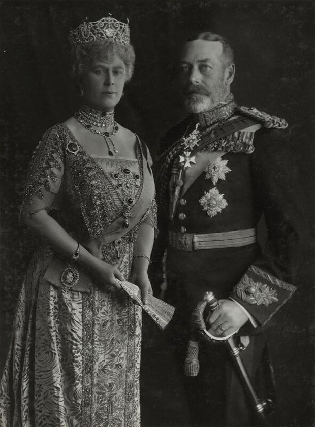 Vén màn bí mật về Hoàng tử mất tích của nước Anh: Chỉ hiện diện đến năm 4 tuổi rồi biến mất không dấu vết, cậu bé có thực sự tồn tại? - Ảnh 5.