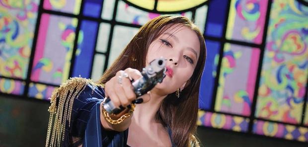 Bộ đôi Irene - Seulgi tung teaser MV khoe vũ đạo sexy nhưng nhạc không hiểu kiểu gì, fan nhận xét giống… TVXQ phiên bản nữ? - Ảnh 3.