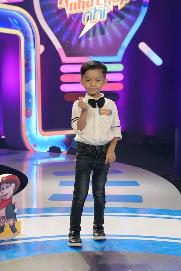 Ảo tưởng tình cảm thí sinh dành cho mình, Trấn Thành bị cậu bé 6 tuổi phũ thẳng mặt: Con đi thi cho vui thôi - Ảnh 3.