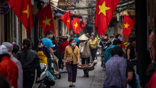 Báo Anh: Việt Nam đã chống dịch rất thành công, và giờ cả thế giới sẽ dõi theo họ chống lại làn sóng Covid-19 mới như thế nào - Ảnh 4.