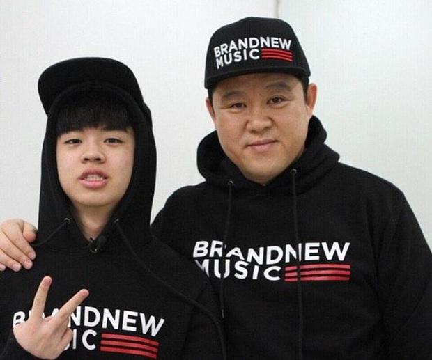 5 idol đã hot lại còn có bố mẹ nổi tiếng: Mỹ nhân T-ara ngậm thìa vàng, bố Jungyeon (TWICE) là đầu bếp của Tổng thống - Ảnh 12.
