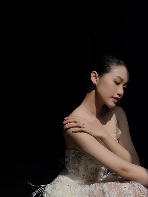 Chiến binh mới gây sốt trên fanpage Hoa hậu Việt Nam 2020: Thần tiên tỷ tỷ trường Marie Curie, ngất ngây ảnh đời thường - Ảnh 7.