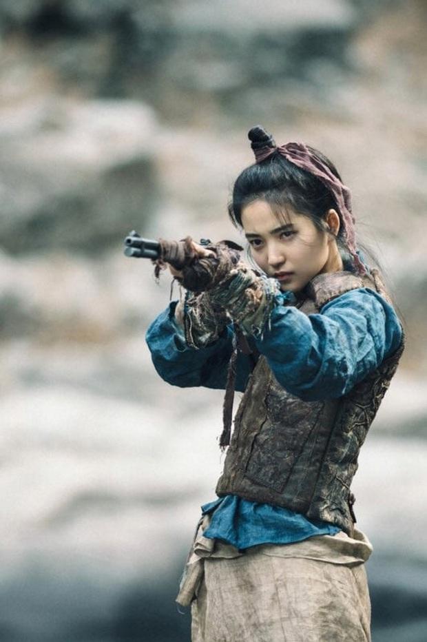 5 chị đại khiến bà con sợ tái mặt của màn ảnh Hàn: Tất cả né ra để khùng nữ Seo Ye Ji tỏa sáng! - Ảnh 1.