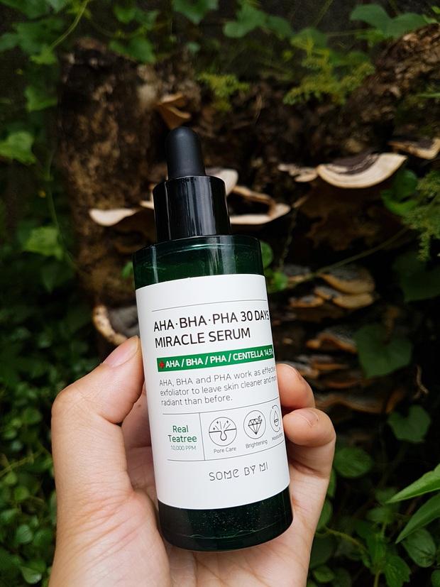 5 loại serum acid đánh bay mụn ẩn sần sùi, lỗ chân lông cũng nhỏ mịn đi trông thấy - Ảnh 3.