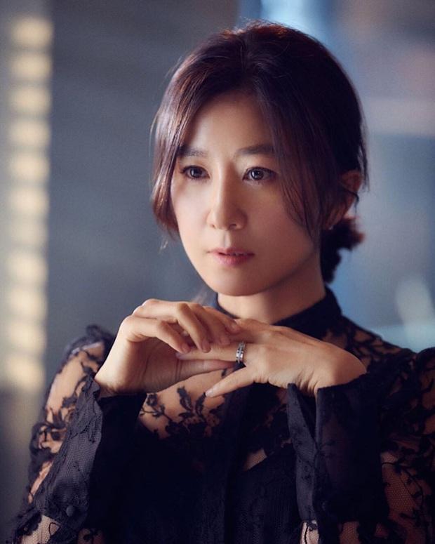 5 chị đại khiến bà con sợ tái mặt của màn ảnh Hàn: Tất cả né ra để khùng nữ Seo Ye Ji tỏa sáng! - Ảnh 11.