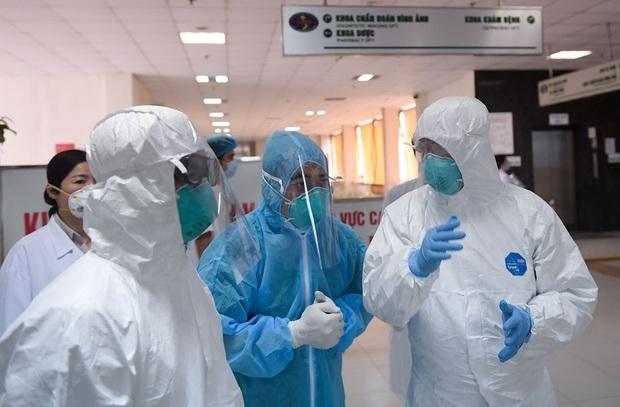 Thêm 12 ca mắc Covid-19 mới tại Đà Nẵng, bệnh nhân nhỏ nhất mới 2 tuổi - Ảnh 1.