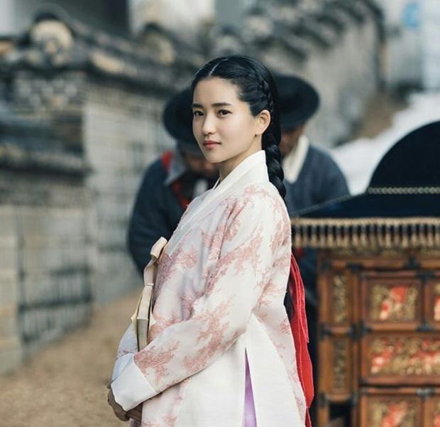 5 chị đại khiến bà con sợ tái mặt của màn ảnh Hàn: Tất cả né ra để khùng nữ Seo Ye Ji tỏa sáng! - Ảnh 3.