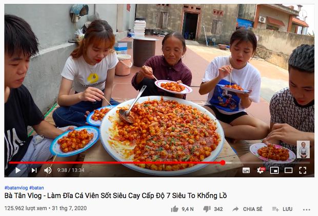 Làm món cũ, Bà Tân Vlog nâng cấp loại sốt cay theo kiểu Hàn Quốc khiến ai xem cũng thèm thuồng vì quá hấp dẫn - Ảnh 1.