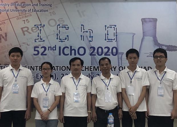 Việt Nam xuất sắc đoạt 4 Huy chương Vàng Olympic Hóa học quốc tế 2020 - Ảnh 1.