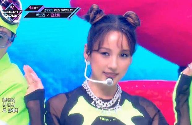 Tiên tử ending thế hệ mới gọi tên Yoo Jae Suk: Thở hồng hộc nhưng bùng nổ nhiệt huyết khiến fan cười bò! - Ảnh 1.