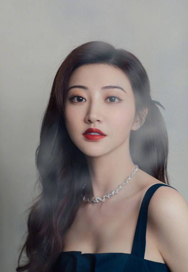 Thuốc độc phòng vé Cảnh Điềm bất ngờ thừa nhận phát khóc vì dao kéo, cảnh báo fan về trào lưu thẩm mỹ - Ảnh 7.