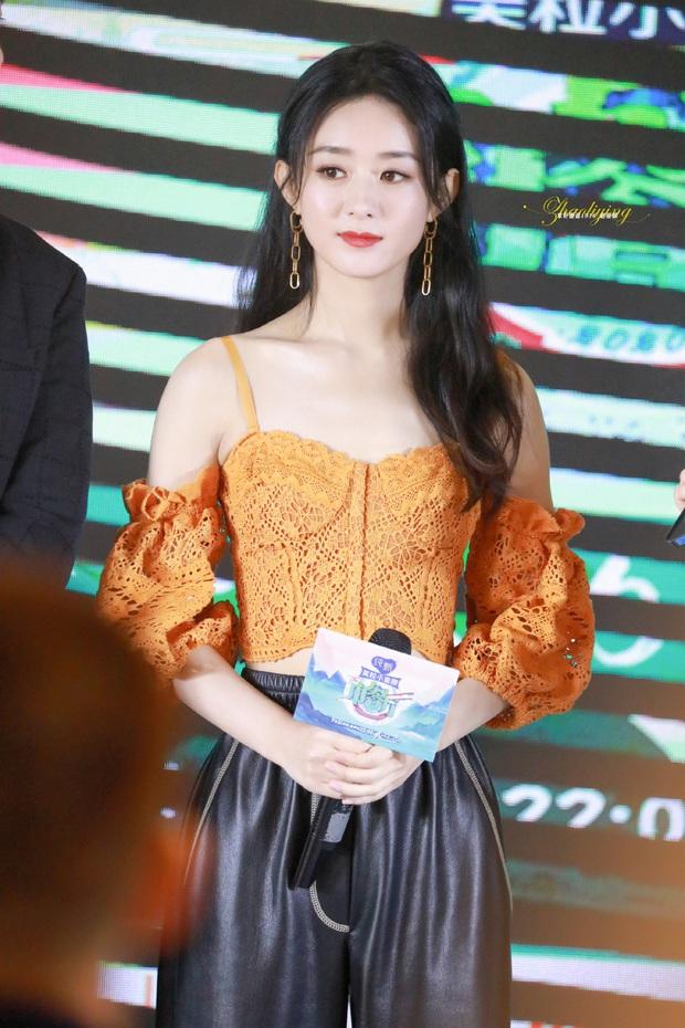 Triệu Lệ Dĩnh lại gây bão Weibo: Nhan sắc chấp cả ảnh team qua đường, Angela Baby - Dương Mịch hãy dè chừng - Ảnh 3.