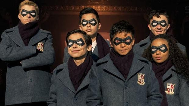 """""""Bỏ bụng loạt câu hỏi trước giờ G của The Umbrella Academy 2: Hóng nhất là cặp đồng tính nên duyên ở Việt Nam! - Ảnh 7."""