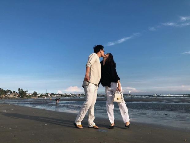 Tiếp viên trưởng trẻ nhất Pacific Airlines kể chuyện yêu chàng phi công: Tạm biệt bầu trời, chúng tôi có nhau là nhà, thế là đủ - Ảnh 4.