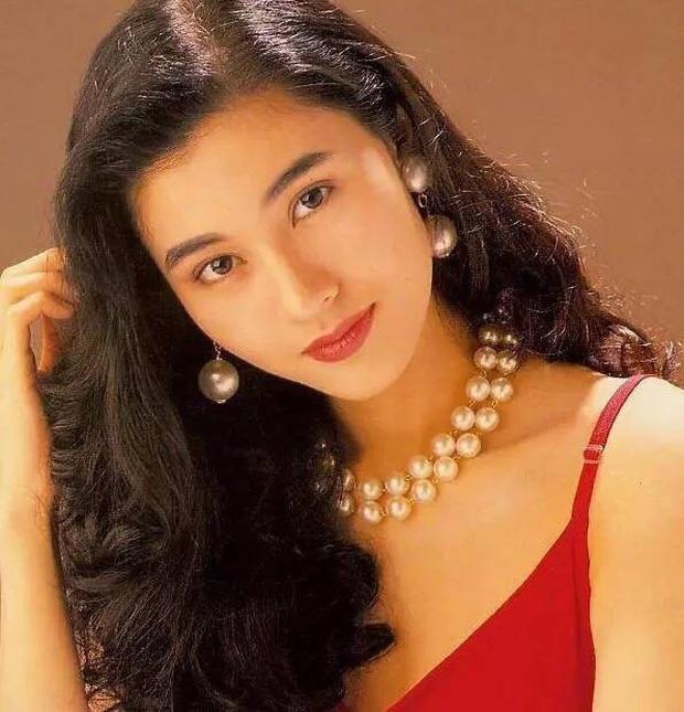 Tranh cãi BXH Nữ thần HUPU: Netizen vạch mặt Lý Thấm chiêu trò gian lận với Hoa hậu Lý Gia Hân để giành vị trí Á quân - Ảnh 8.