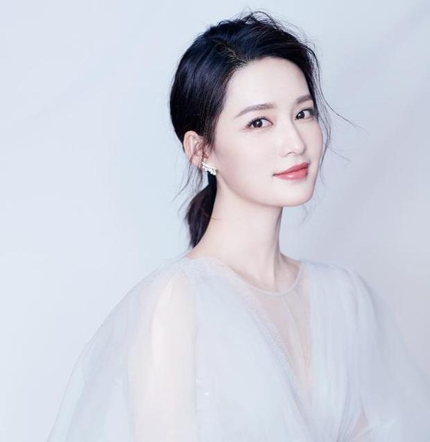 Tranh cãi BXH Nữ thần HUPU: Netizen vạch mặt Lý Thấm chiêu trò gian lận với Hoa hậu Lý Gia Hân để giành vị trí Á quân - Ảnh 5.