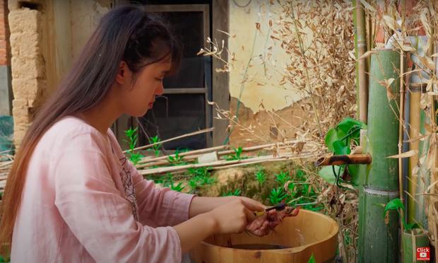 """Ngay tại Trung Quốc đã có loạt vlogger phong cách na ná Lý Tử Thất, có người còn gần như """"copy"""" nguyên si - Ảnh 29."""