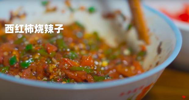 """Ngay tại Trung Quốc đã có loạt vlogger phong cách na ná Lý Tử Thất, có người còn gần như """"copy"""" nguyên si - Ảnh 22."""