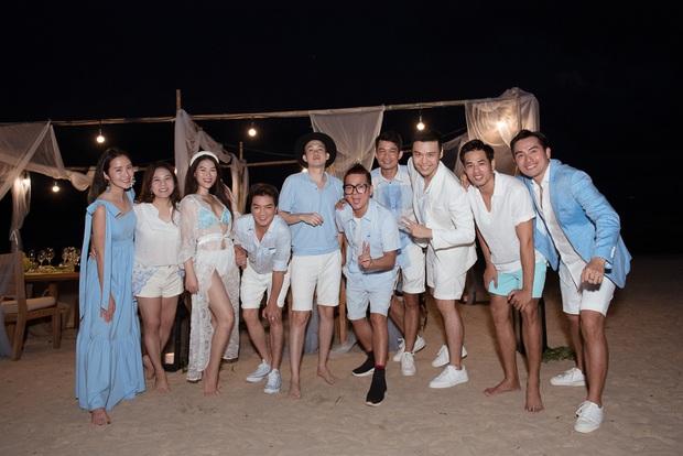 Rich kid Ngọc Thanh Tâm tổ chức sinh nhật bên hội bạn thân đình đám Vbiz: Thuê hẳn resort 5 sao, cùng ăn mừng trên biển! - Ảnh 3.