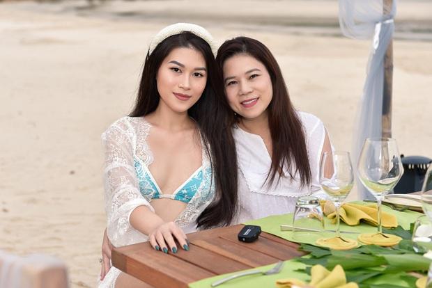 Rich kid Ngọc Thanh Tâm tổ chức sinh nhật bên hội bạn thân đình đám Vbiz: Thuê hẳn resort 5 sao, cùng ăn mừng trên biển! - Ảnh 4.