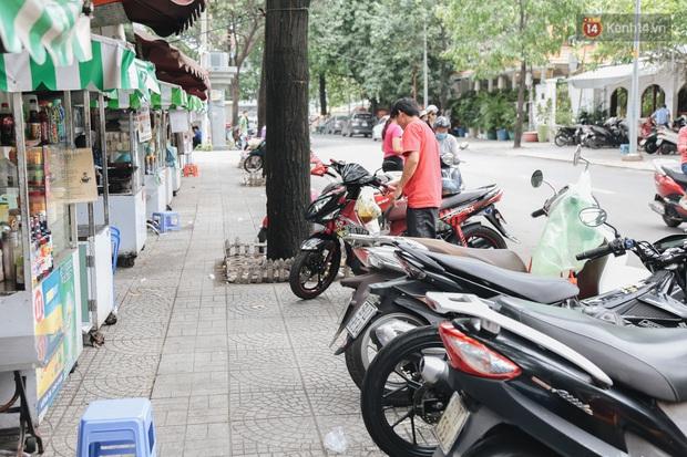 Phố hàng rong đầu tiên ở Sài Gòn hiện giờ ra sao sau gần 3 năm hoạt động? - Ảnh 13.