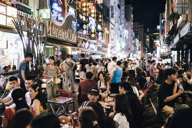HOT: TP.HCM sắp có thêm phố đi bộ ẩm thực, cấm tuyệt đối rượu, bia - Ảnh 3.
