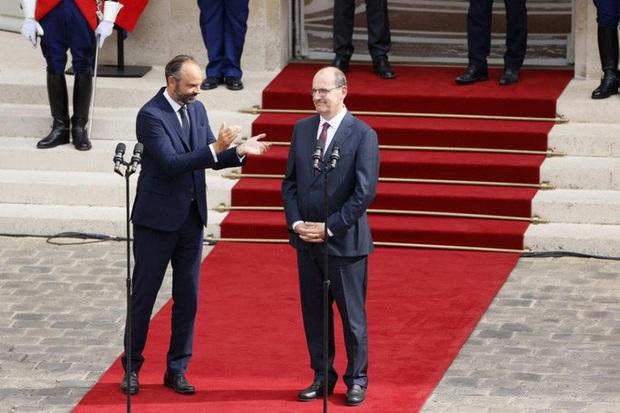 Vừa từ chức, cựu thủ tướng Pháp đối mặt nguy cơ ngồi tù vì dịch Covid-19  - Ảnh 1.