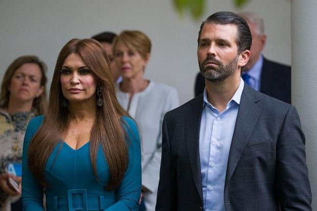 Bạn gái của con trai Tổng thống Trump dương tính với Covid-19  - Ảnh 1.