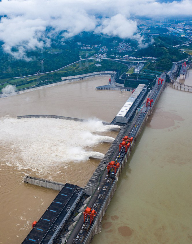 Trung Quốc mưa lớn đến giữa tháng 7, đe dọa gây thêm lũ lụt - Ảnh 2.