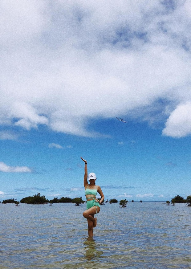 Black Pink cực rén hở khi diện đồ bơi nhưng vẫn khiến dân tình phải nức nở với tỉ lệ body chuẩn đét - Ảnh 7.