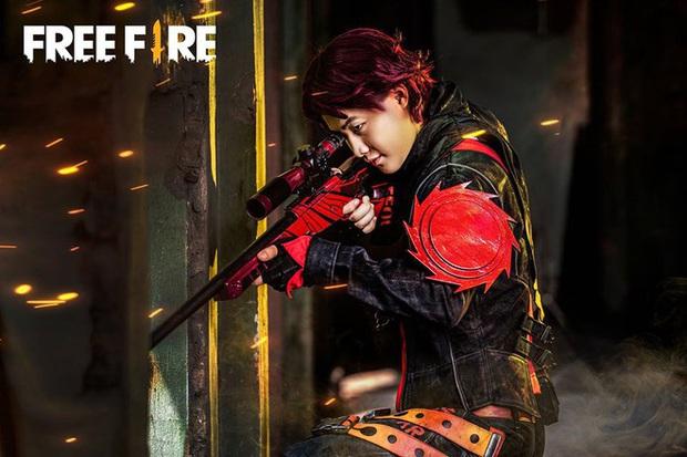 Free Fire tung bộ ảnh cosplay đậm chất điện ảnh, nhưng đường cong gợi cảm của nhân vật nữ mới là tâm điểm chú ý! - Ảnh 10.
