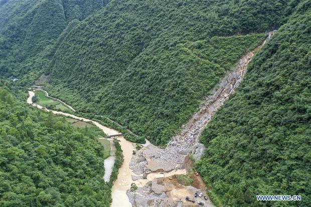 Trung Quốc mưa lớn đến giữa tháng 7, đe dọa gây thêm lũ lụt - Ảnh 1.