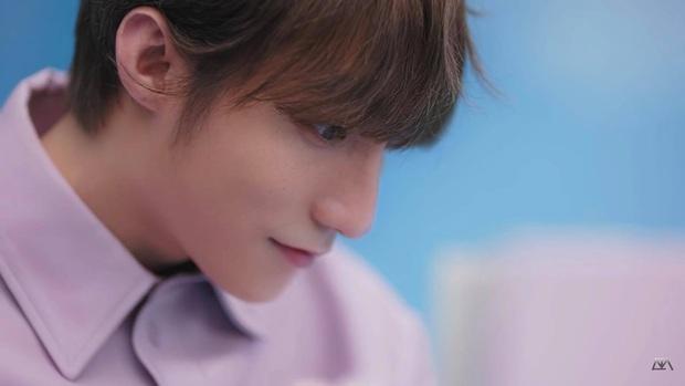 Tưởng được ngắm visual trẻ trung đáng yêu và nét căng của Sơn Tùng trong MV mới, ai ngờ cap màn hình ra lại mờ tịt thế này! - Ảnh 7.