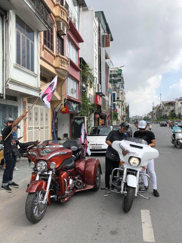 Fan Binz chơi lớn quá: Phủ kín poster lên hàng loạt siêu xe lượn quanh Hà Nội hâm nóng trước thềm ra MV - Ảnh 8.