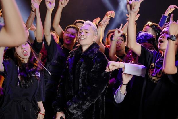 MV Binz được Ông trùm trang sức của Katy Perry, Miley Cyrus, Justin Bieber... chia sẻ và khen ngợi nồng nhiệt! - Ảnh 10.