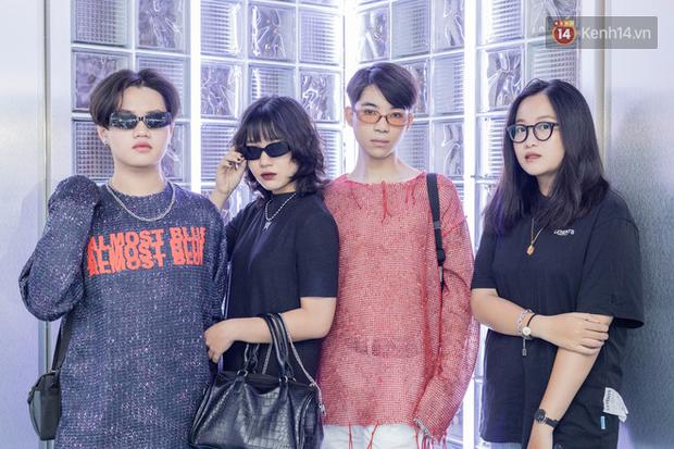 Soi street style giới trẻ tại The New Playground mới ở Sài Gòn: Chỉ là đi shopping mà ai cũng lên đồ siêu xịn, gái trai đều chất đét - Ảnh 10.