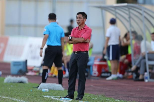Phan Văn Đức cảm thán: Trọng tài như thế thì bóng đá Việt Nam lúc nào phát triển - Ảnh 11.
