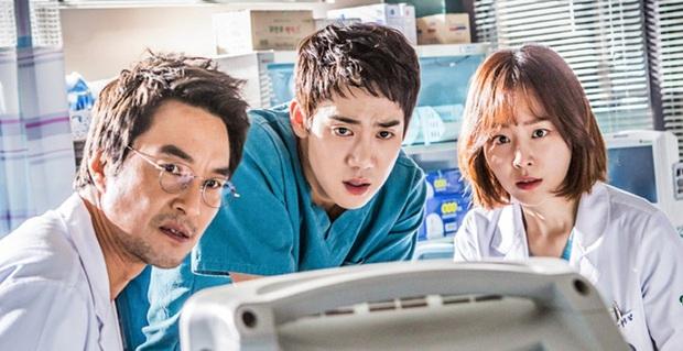 5 bộ phim đặc tả chi tiết các triệu chứng của bệnh tâm lý: Khùng nữ Seo Ye Ji nhập vai đến mức rơi vào trầm cảm! - Ảnh 3.