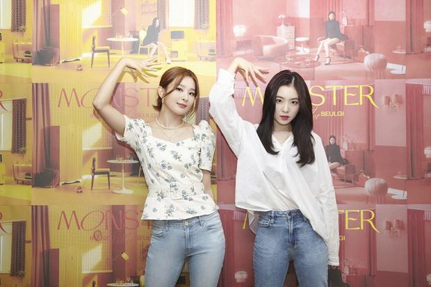 IRENE & SEULGI tiết lộ trước giờ G lên sóng MV debut: Đây sẽ là một MV khác biệt và mạnh mẽ, phong cách như chị em song sinh vậy - Ảnh 2.