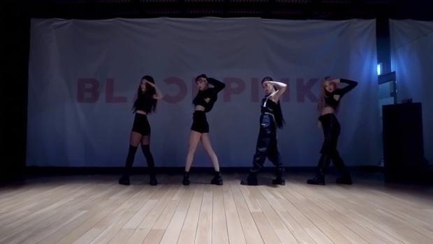 BLACKPINK tung video vũ đạo của How You Like That chuẩn vừa đen vừa hồng, ơn giời không còn tập trong phòng thiếu sáng nữa rồi! - Ảnh 9.
